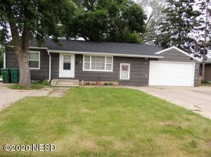 16 11TH STREET NE, Watertown, SD 57201