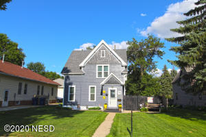 212 N MAPLE STREET, Watertown, SD 57201