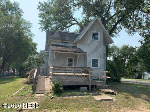 1100 3RD AVENUE SE, Watertown, SD 57201