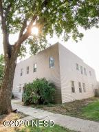 1110 S WASHINGTON STREET, Aberdeen, SD 57401
