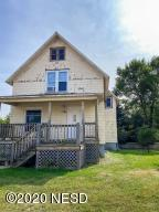 1324 11TH AVENUE SE, Aberdeen, SD 57401