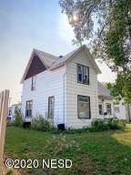 211 2ND AVENUE SW, Aberdeen, SD 57401