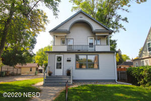 415 1ST STREET NW, Watertown, SD 57201