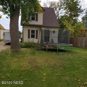 62 3RD AVENUE NW, Watertown, SD 57201