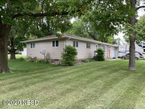 315 7TH STREET NE, Watertown, SD 57201