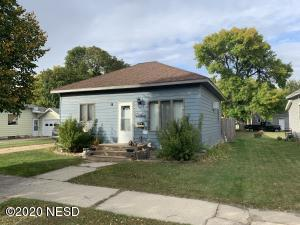 309 3RD AVENUE SW, Watertown, SD 57201