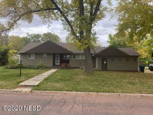 602 4TH STREET NW, Watertown, SD 57201