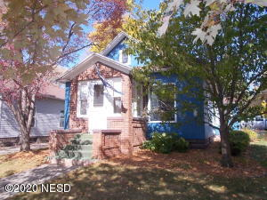 217 5TH AVENUE NE, Watertown, SD 57201