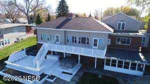 426 S LAKE DRIVE, Watertown, SD 57201