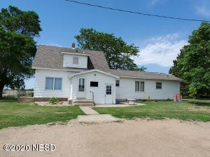 18714 450TH AVENUE, Hayti, SD 57241