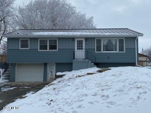 111 7TH AVENUE N, Clear Lake, SD 57226