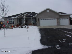 2803 SIOUX CONIFER ROAD, Watertown, SD 57201