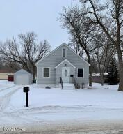 332 7TH STREET NE, Watertown, SD 57201