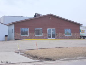 600 10TH AVENUE SE, Watertown, SD 57201
