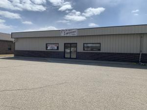 806 10TH AVENUE SE, Watertown, SD 57201