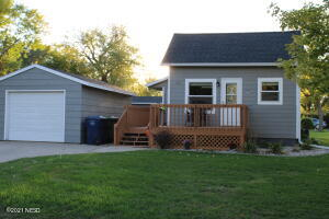 317 8TH STREET NW, Watertown, SD 57201