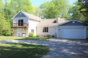 MLS 321254 - 17761  Pineview Drive, Presque Isle, MI