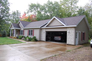 Listing 321761 Alanson Michigan -