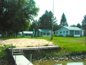 MLS 322716 - 958 E Mullett Lake Road, Indian River, MI