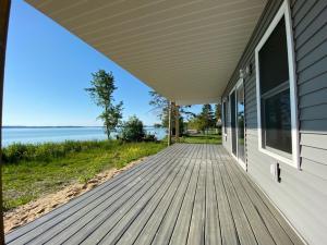 MLS 324433 - 9711  Blue Horizon Road, Presque Isle, MI