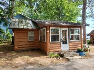 MLS 324566 - 5545  Birch Way, Gaylord, MI