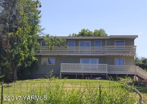 3515 Commonwealth Rd, Yakima, WA 98901
