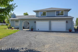 10820 Mieras Rd, Yakima, WA 98901