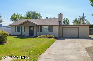806 Lynn Pl, Yakima, WA 98901