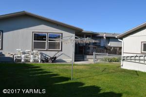 3701 Gun Club Rd, 129, Yakima, WA 98901