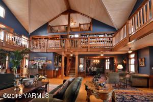 10 Exceptional Floor Plan