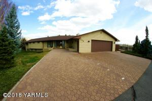 715 Beacon Ave, Yakima, WA 98901