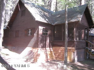 42 US 410 Gold Creek, Naches, WA 98937