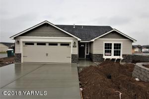 4003 Seasons Pky, Lot #98, Yakima, WA 98901