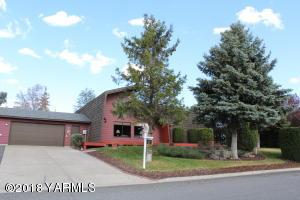 105 N 57th St, Yakima, WA 98901