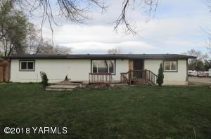 831 N 15th St, Yakima, WA 98901