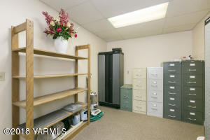 Office/storage