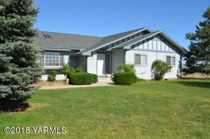 211 Hi Valley View St, Yakima, WA 98901