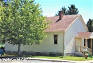 301 F Ave, Grandview, WA 98930