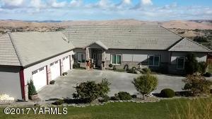 130 Marisa Hill Rd, Selah, WA 98942