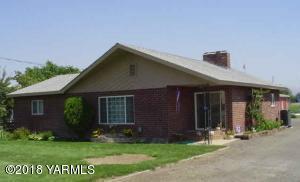 1817 Riverside Rd, Yakima, WA 98901