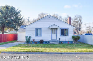 705 Main St, Prosser, WA 99350