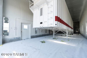 Star Trailers Paint Booth