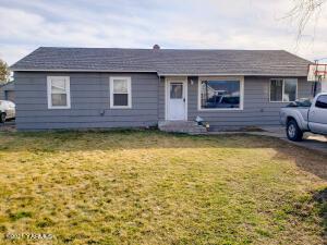 1809 S 8th Ave, Yakima, WA 98902