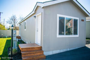 1418 Hathaway St, 22A, Yakima, WA 98902